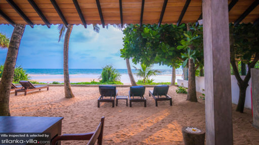Red Parrot Beach Villa